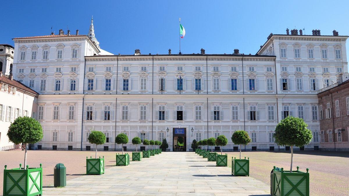 A spasso con Vale -Il Polo Reale di Torino-