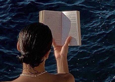 Letture estive: i consigli del libraio Matteo Poletti de La città del sole