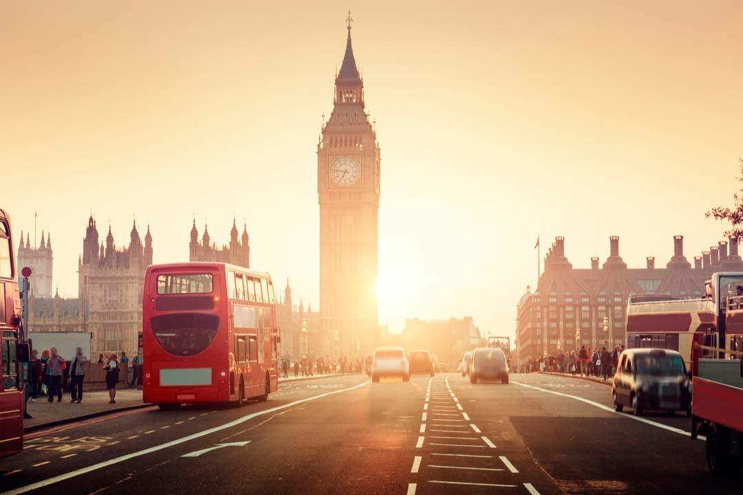 """""""Destinazione Mondo"""": l' Inghilterra. Ai nostri microfoni la Personal Travel Expert Roberta Polveraccio"""