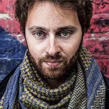 Il regista borgonese Federico Alotto parte alla conquista di Los Angeles: il suo saluto alla Valle di Susa su Radio Dora